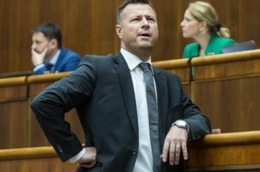 Gál Gábor elvesztette közszereplő jellegét - Az exminiszter nem válaszol arra, hogy ő mutatta-e be a vágfarkasdi