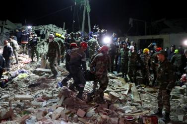 Hegyi-Karabah - Rakéták csapódtak be a második legnagyobb azeri városba, 12-en meghaltak!