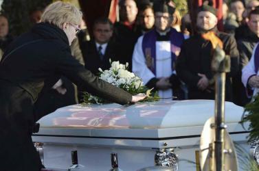 Megkezdődött a meggyilkolt gdanski főpolgármester temetése