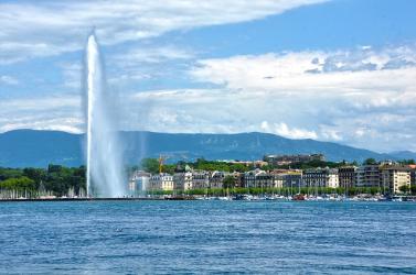 Évente 50 tonna műanyag gyűlik össze a Genfi-tóban
