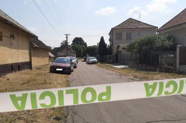 Gyilkosság a Komáromi járásban – 38 éves nő végezhetett a nagybátyjával