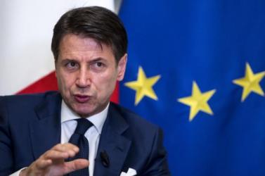 Üzent az olaszoknak az Európai Bizottság elnöke - reagált az olasz kormányfő