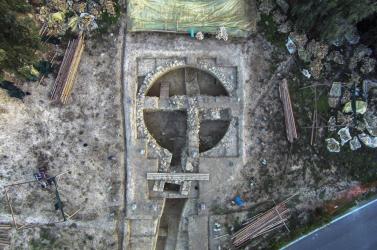 Háromezerötszáz éves királysírokat tártak fel Görögországban