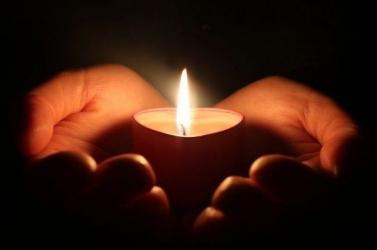 Szokatlan módon segítené a gyerekeknek a gyász feldolgozását egy temetkezési vállalat
