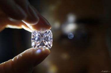 Lézerrel hamisítják a gyémántot Szlovákiában!