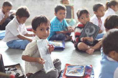 60 ezer gyerek él a létminimum alatt Szlovákiában