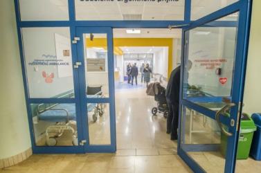 Egy pozsonyi orvos szerint elkéstünk a szigorításokkal, összeomolhat az egészségügyi rendszer