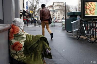 Rohamosan terjed a vírus a pozsonyi hajléktalanok közt, újabb gócpont alakult ki