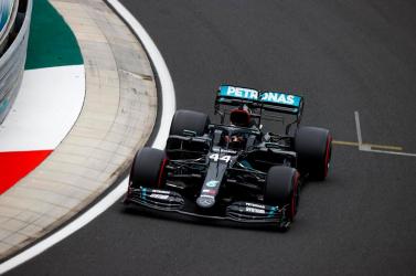 A Mercedes brit versenyzőjerajtolhat a Hungaroringen az első helyről