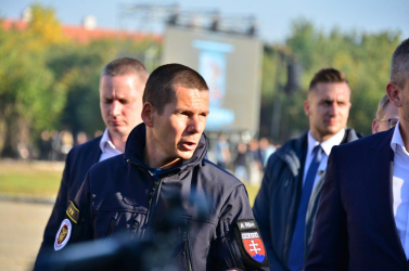 Ki gondolta volna, hogy a szlovákiai belügy eddigi legőszintébben beolvasó illetékese egy magyar nemzetiségű zsaru lesz