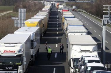 Szlovénia péntektől ismét szigorít beutazási szabályain