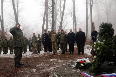 14 éve történt a hejcei katasztrófa – 42 szlovák katona halt meg, egy élte túl