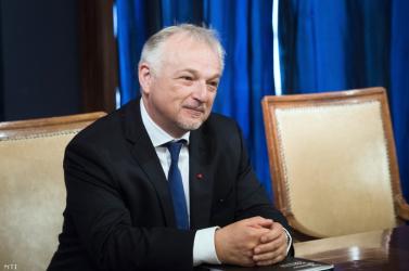 A szlovák főügyészség 1038 eurót fizet Hernádi Zsoltnak