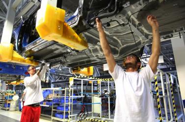Fico szerint kevés a szakképzett munkaerő, a külföldiek alkalmazása a legvégső megoldás
