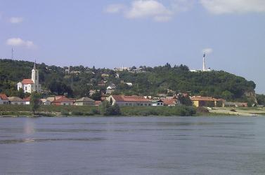 Felborult a csónakjuk, menekültek fulladtak bele a Dunába