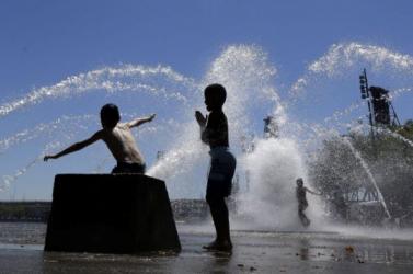 Az utolsó forró hétvége vár ránk idén nyáron - 9 járásban lesz nagy hőség szombaton
