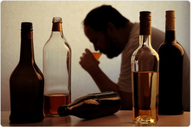 Huszonöten haltak meg alkoholmérgezésben Indiában