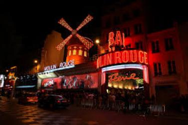 Színpadi musical készül a Moulin Rouge! című filmből