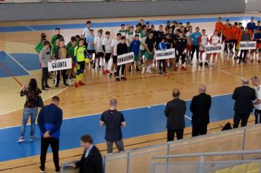 Diáksport: Komáromban maradt a kupa