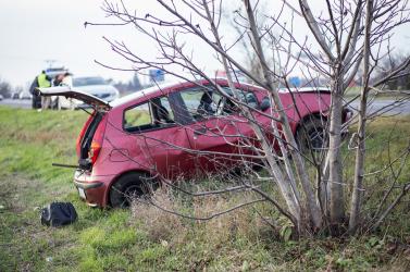 Tilosban előző kocsit szorított le az útról, majd elmenekült a sofőr!