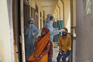 Az EU oxigént, gyógyszert és orvosi felszerelést juttat a járvány által különösen sújtott Indiába