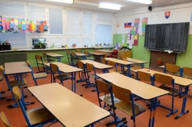 Ennyit pihenhetnek az iskolások a 2017/2018-as tanévben