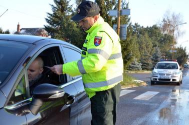 Kész csoda, hogy egyáltalán ki tudott szállni az autóból az igazoltatott sofőr