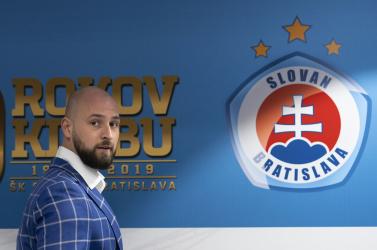 Ifjabb Kmotrík, a Slovan vezérigazgatója is lemásolta kisdoktori szakdolgozatát!