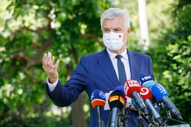 A külügyminiszter is beoltatta magát koronavírus ellen