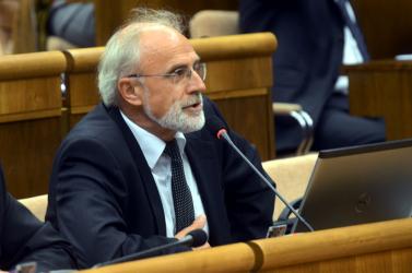 A földművelésügyi minisztert egyelőre nem győzte meg Matovič, Krajniak még tárgyalni akar