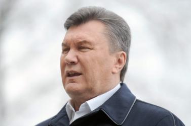 Ahogy Ficot, úgy az ukrán elnököt is
