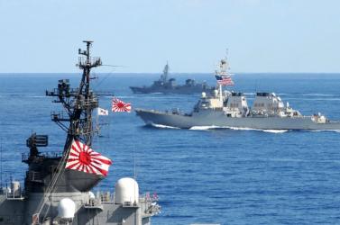 Japán hadihajókat vezényelt a Dél-kínai-tengerre, és Pekingnek ez nem tetszik