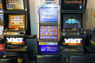 Pénzbedobós játékautomatán nyert egy vagyont a mázlista