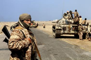Szaúdi TV: katonai táborra támadtak a húszik Jemenben, sokan meghaltak