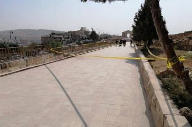 Késes támadást követtek el egy jordániai romvárosnál, turisták is megsebesültek - VIDEÓ 18+