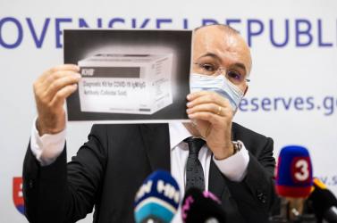 Kajetán Kičura kétes 10 milliós ügyletei miatt most kapott 70 ezer eurós büntetést a tartalékalap