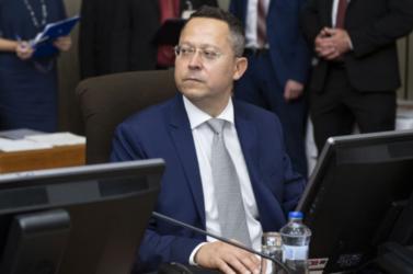 A sliači  repülőtért felújítását a védelmi tárcának kell finanszírozni