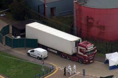 Vádat emeltek a 39 ember halálát okozó bolgár kamion sofőrje ellen