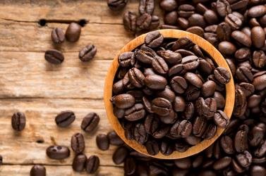Kávészemekben elrejtett kokainszállítmányt foglaltak le