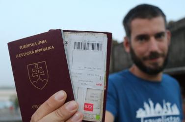 2831 embert fosztottak meg szlovák állampolgárságától