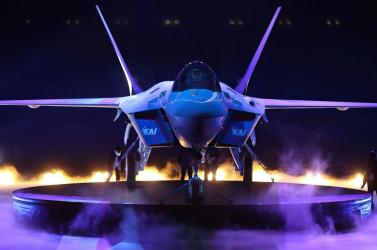 Dél-Korea bemutatta saját vadászgépét