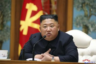 Kim Dzsong Unmegírta levelét Putyinnak is - a phenjani állami hírügynökség szerint tehát feltámadt a kedves vezető