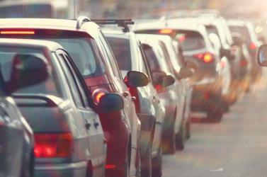 Csúszós utakra figyelmeztetnek Nagymegyer, Komárom és Gúta környékén
