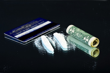 Kilencven kokainkapszulát csempészett testében Magyarországra egy férfi
