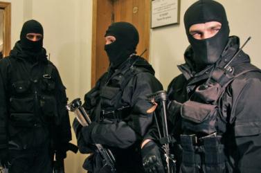 NAKA: Hat személyt vettek őrizetbe a csütörtöki akció során