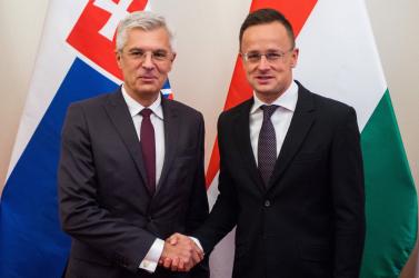 Szlovák–magyar adok-kapok, mintha a két országnak nem volna elég más baja