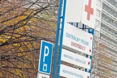 SZÖRNYŰ: A poprádi kórház nyolcadik emeletéről zuhant ki egy gyermek