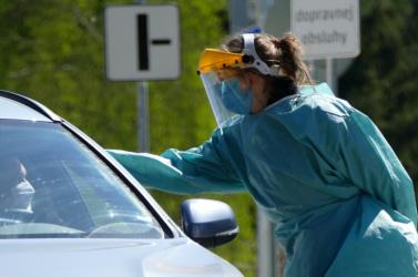 Aki fél a koronavírustól, arra most alaposan ráijeszthetett a világszervezet