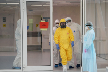 Koronavírus - Portugáliában egy nap alatt 40 százalékkal nőtt a halottak száma