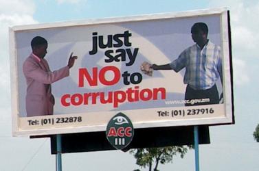 Talán csak morgunk, de amúgy meg fütyülünk a korrupcióra, azt se tudjuk, mi fán terem